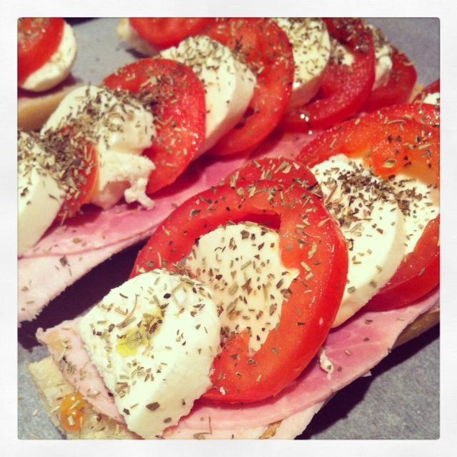 Tartines Jambon Tomates Mozzarella - Mathilde & Gourmandises