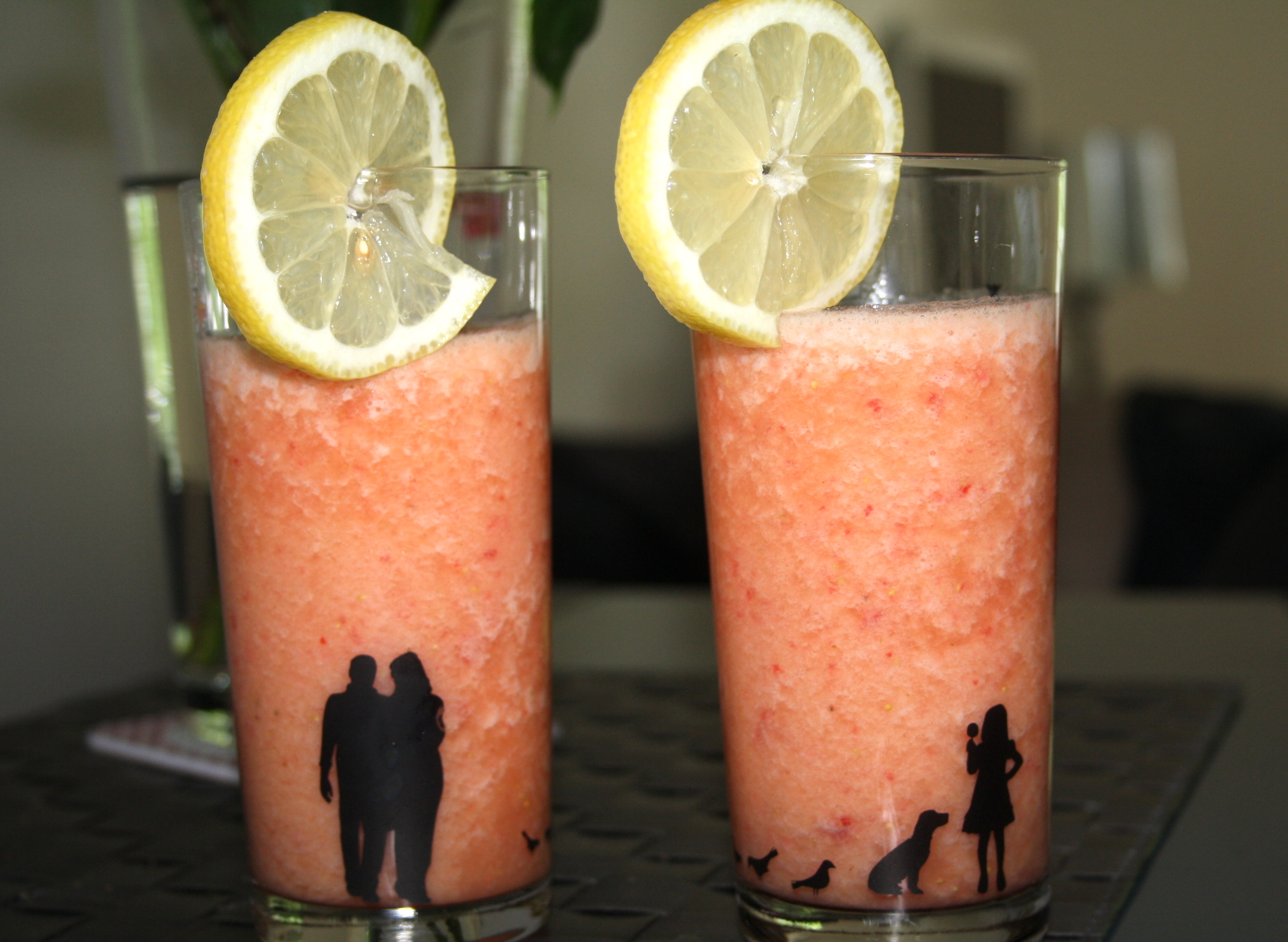 Smoothie Orange Pomme Fraise - Mathilde et Gourmandises