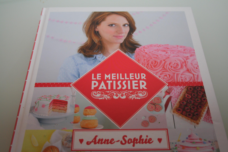 Livres ustensiles de cuisine mathilde gourmandises - Le meilleur patissier 2015 ...